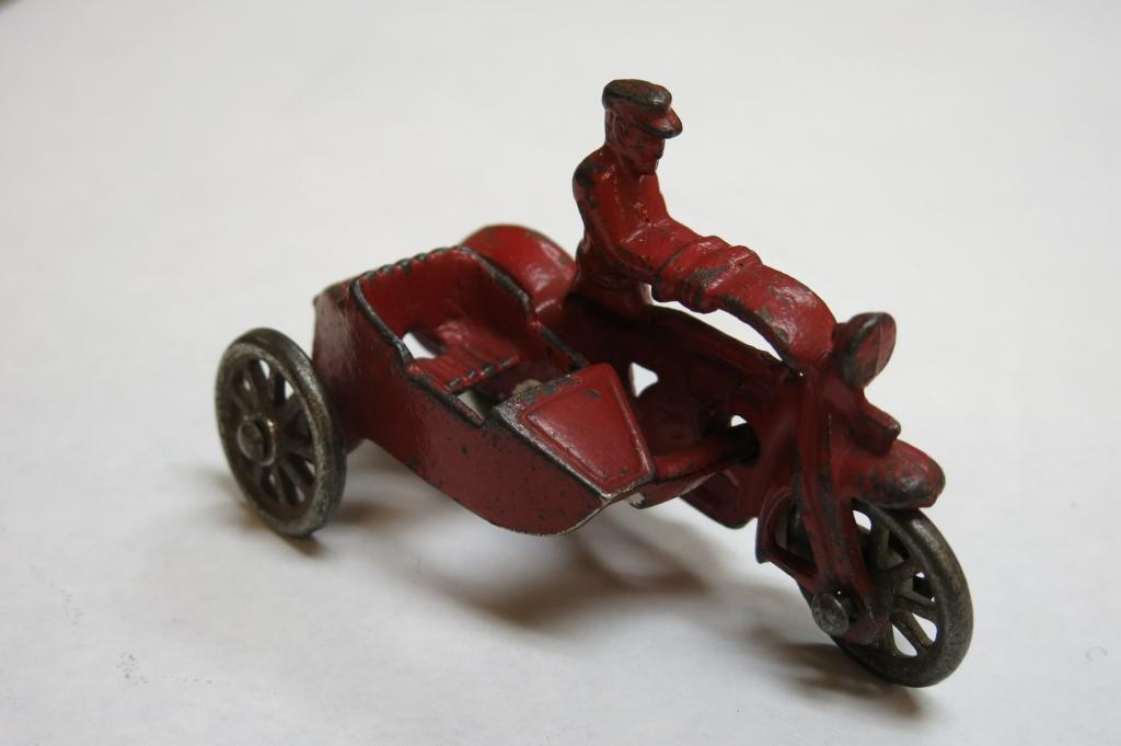 EMOH4 Toys-11