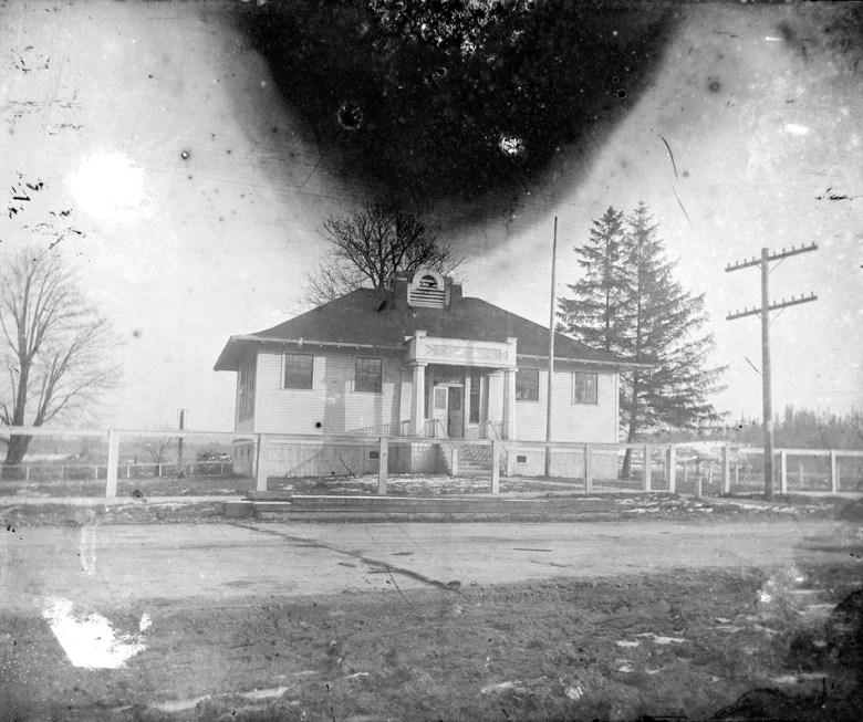 School district 12, Shorts School between Snohomish and Monroe