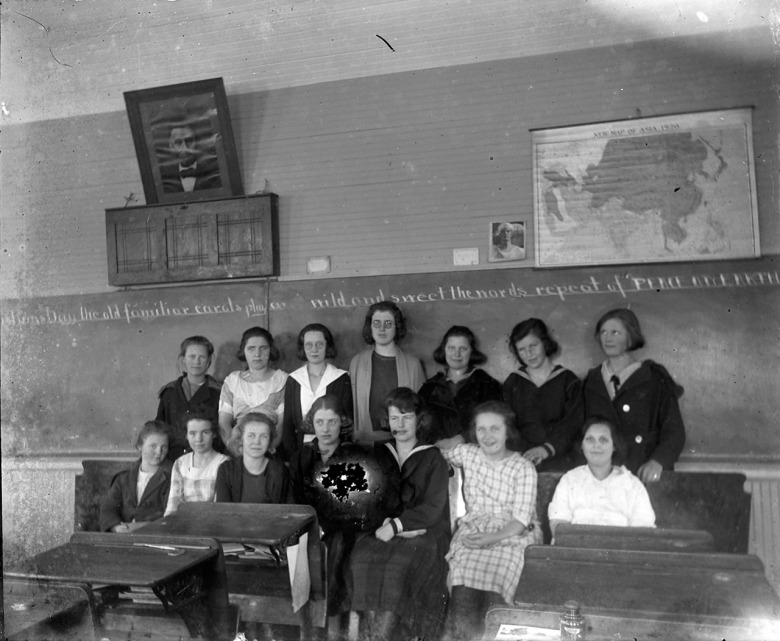 IMG_5864_Girls_Classroom_Desks_Chalkboard_AsiaMap1920_LincolnPortrait